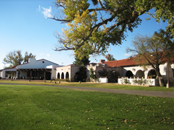 Tubac Golf Resort, Restaurant Stables
